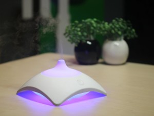 zaq-mirage-litemist-aromatherapy-essential-oil-diffuser-purple